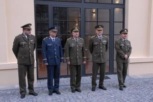 plukovník Aleš Knížek, brigádní generál František Ridzák , generálmajor Jaromír Zůna, generálporučík Jiří Baloun a plukovník Michal Burian