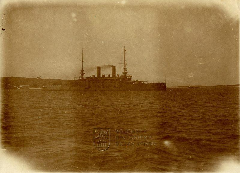 Rakousko-uherská bitevní loď třídy Habsburg