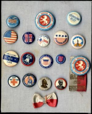 Pro srovnání malá ukázka česko-amerických patriotik.  FOTO: VHÚ