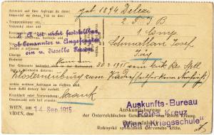 Týž korespondenční lístek přináší na své dvojjazyčně předtištěné rubové straně informaci o propuštění myslivce Josefa Schmatlana z c. a k. záložní nemocnice v Klosterneuburgu, kde se léčil z nemoci, k náhradní setnině c. a k. polního mysliveckého praporu č. 2. Kancelář ještě doplnila, že od konce března 1915 do data odeslání odpovědi – 14. září 1915 - se o něm v jejích záznamech nevyskytla žádná další zpráva. (Originál archiválie je uložen v Památníku národního písemnictví – literární archiv.) FOTO: VHÚ Praha