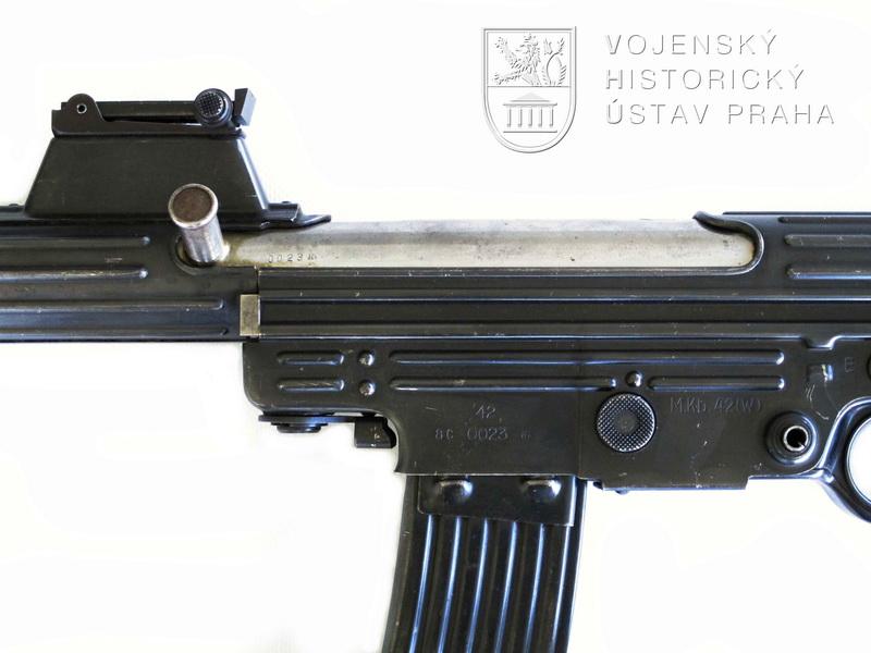 Německá útočná puška MKb 42 (W) – Maschinen Karabiner 42 (W)