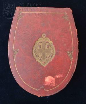 Dámský Řád hvězdového kříže (provedení kolem roku 1900)
