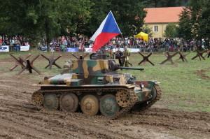 Lt. vz. 38 ze sbírek Vojenského historického ústavu Praha při jednom z Tankových dní ve Vojenském technickém muzeu Lešany.