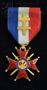 Kříž cti Francouzsko-britské asociace – 4. stupeň, udělení příslušníkovi Svobodných Francouzů