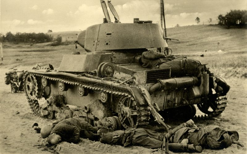 Sovětský plamenometný tank OT-133