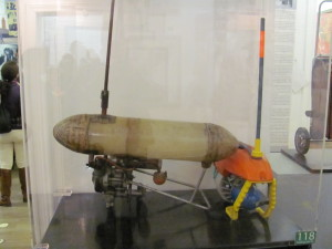 Miniponorka, určená k vlečení potápěče v neoprénu, byla schopna urazit pět kilometrů za hodinu. Foto Ivo Pejčoch.