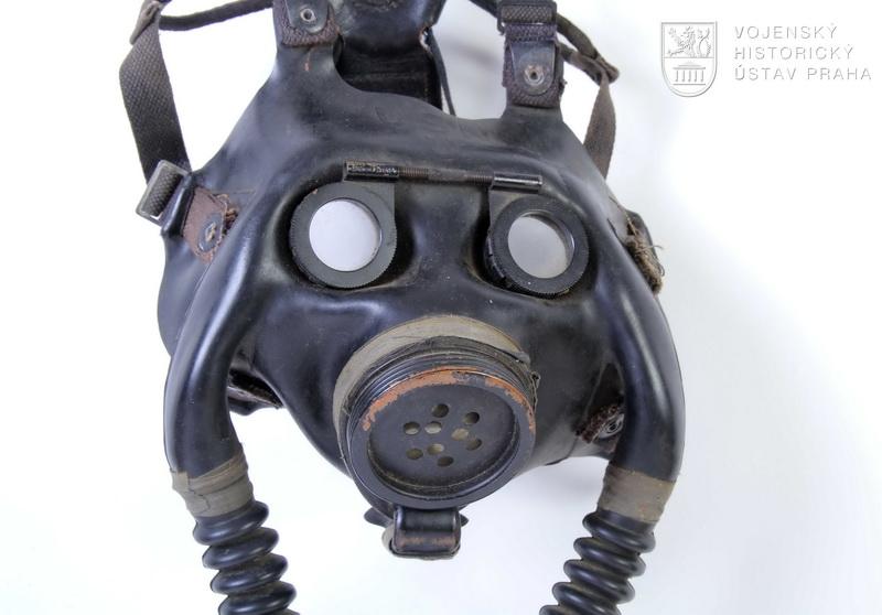 Americká námořní ochranná protiplynová maska NDO Mark I Optical Mask