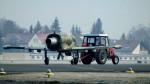 Letadla Albatros a Iskra si vyměnily svá místa