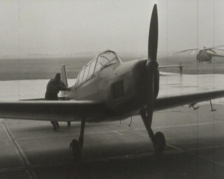 Školní proudový letoun L-29 (Armádní filmový zpravodaj č. 16/1962)
