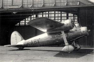 Čs. dopravní letoun Avia 51 na letišti, polovina 30. let