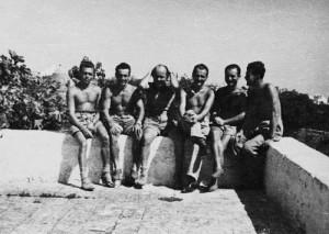 Jako příslušník výsadkové skupiny WOLFRAM za druhé světové války