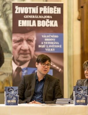 Autor knihy Jiří Plachý z VHÚ