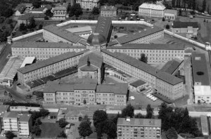 Z Plzně zatčeného Tomáše Berku převezli do pankrácké věznice v Praze.