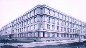 Novostavba Vojenského zeměpisného ústavu v Praze-Dejvicích