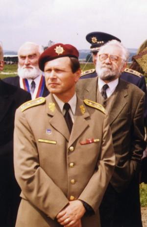 Generálporučík Jiří Šedivý v roce 2001