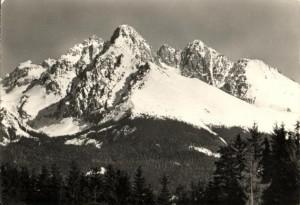 Pod tatranskými vrcholky formoval v únoru 1945 parašutista Chrastina lyžařský prapor