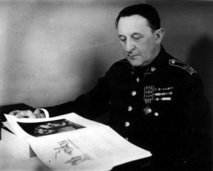 Generál zdravotnictva MUDr. Vladimír Haering v době první československé republiky (Foto VHÚ)