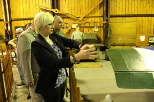 Prohlídka s paní ministryní, historické hangáry