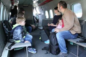 Uvnitř výsadkového letounu L-410