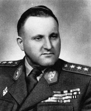 Ministr národní obrany genplk. Bohumír Lomský