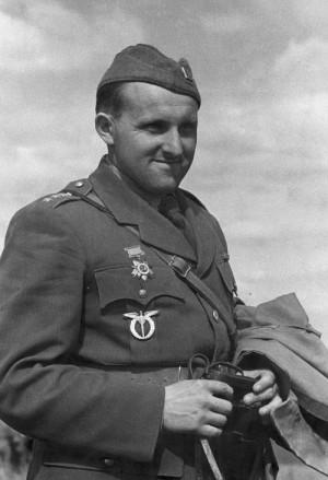 Bohumír Lomský v hodnosti kapitána