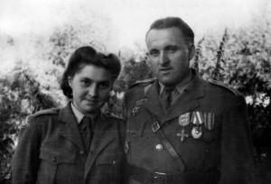 Štábní kapitán Bohumír Lomský se svou ženou Marií