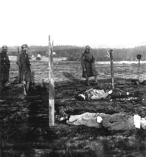 Těla popravených rebelů v Rumburku