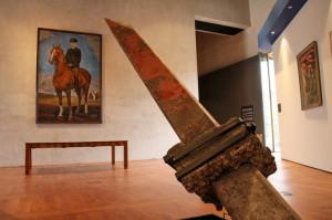 Centrální část výstavy, pohraniční prvorepublikový sloup