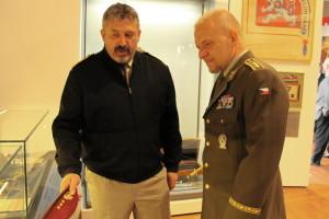 Náčelník GŠ AČR generálporučík Aleš Opata (vlevo) a generál poručík Jiří Baloun, první zástupce náčelníka GŠ