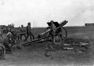 Legionářské dělostřelectvo v bitvě u Lipjag 4. června 1918 (Foto VÚA-VHA)