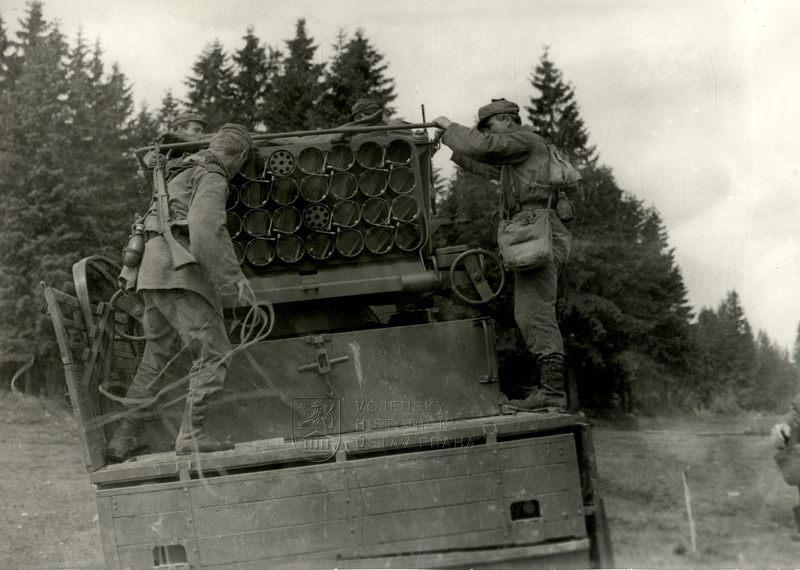 Československý 130mm raketomet vz. 51
