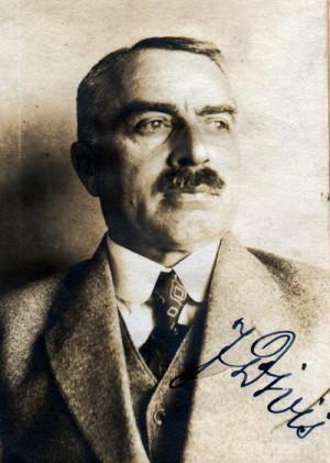 Gen. Ing. Jan Diviš na průkazovém snímku z roku 1922 (NA ČR Praha)