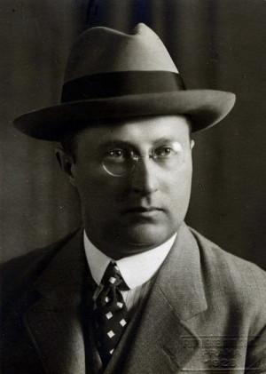 Otakar Husák, generální ředitel Československé akciové továrny na látky výbušné, 1928 (NA ČR Praha)