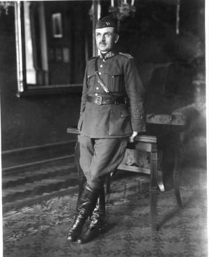 První velitel Obrany národa, generál Josef Bílý.