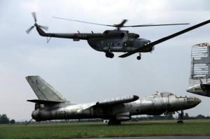 Letící vrtulník Mi-17