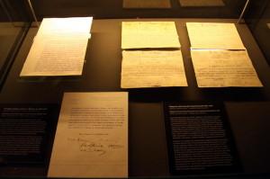 Prohlášení českého poselstva v Ženevě z 31. 10. 1918 a telegramy dokumentující obsazování pohraničí.