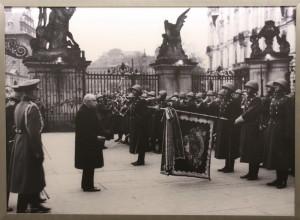 Nově zvolený prezident Emil Hácha v listopadu 1938