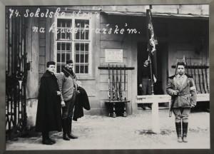 Ostraha Pražského hradu z České obce střelecké v prvních dnech po 28. říjnu 1918