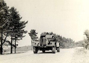 Obrněný automobil Humber LRC ve službách čs. sil ve Spojeném království - pohled zepředu