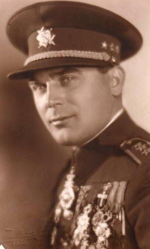 Heliodor Píka jako vojenský atašé v Rumunsku