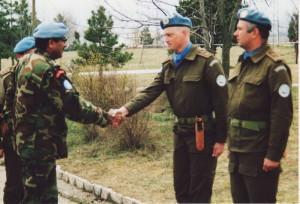Setkání mjr. Trněného s indickým velitelem mise UNPROFOR generálem Satishem Nambiarem