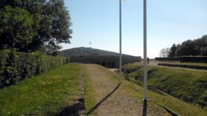 Vstup do nekropole památníku Hartmannswillerkopf