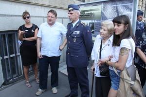 Vlevo autor výstavy Jiří Rajlich, vpravo velitel Vzdušných sil Armády České republiky, brigádní generál Petr Hromek