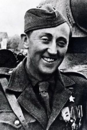 Antonín Sochor již se Zlatou hvězdou hrdiny SSSR, kterou dostal za boje o Kyjev v listopadu 1943