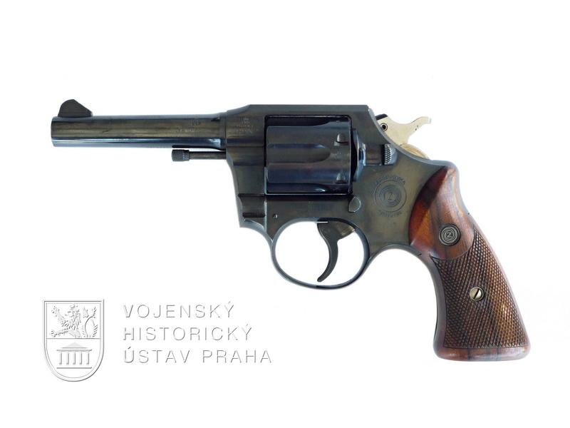 Československý revolver ZKR 590 Grand