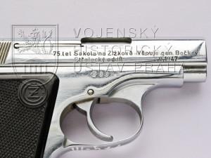 Pistole ČZ vzor 45