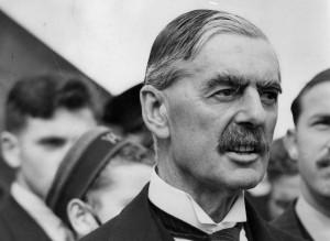 Budoucnost i dnešní Evropy stojí a padá na tom, zda bude mít mezi politiky více Chamberleinů či Churchillů...
