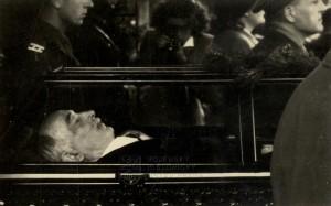 Edvard Beneš v rakvi