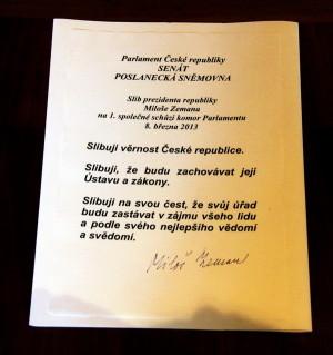 Prezidentský slib signovaný Milošem Zemanem