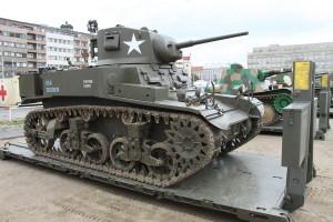 Tank Stuart. Historické exponáty ze sbírek VHÚ na pražské Letné v rámci oslav 100. výročí založení republiky